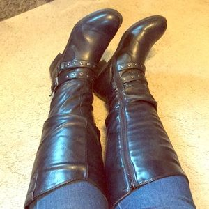 Black Studded White Mountain Boots, size 9 wide